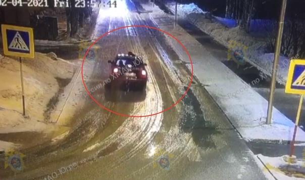 """В Мегионе пьяный водитель """"посадил"""" на капот полицейского и провез более километра, увеличивая скорость"""