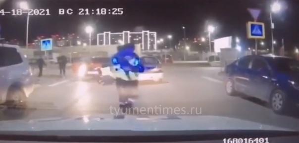Пьяный тюменец с ребенком в машине удирал от полицейской погони. ВИДЕО преследования и задержания