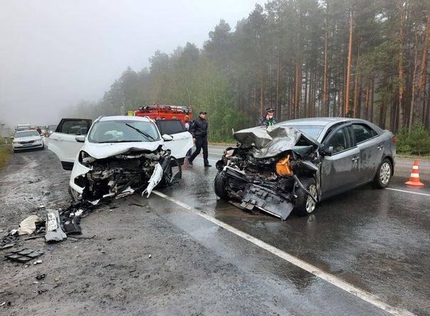 Лобовое ДТП под Винзилями: водитель KIA погиб на встречной полосе